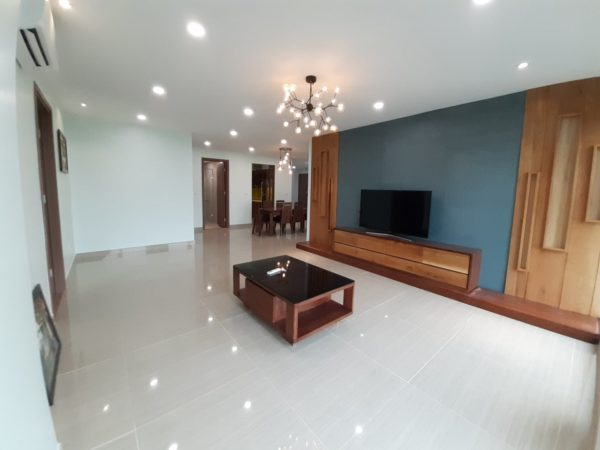 Colorful Apartment For Rent In L4 Tower, The Link Ciputra (17)