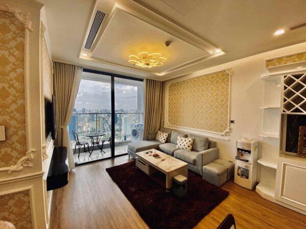 Cozy apartment for rent in M2 Building, Vinhomes Metropolis (3)