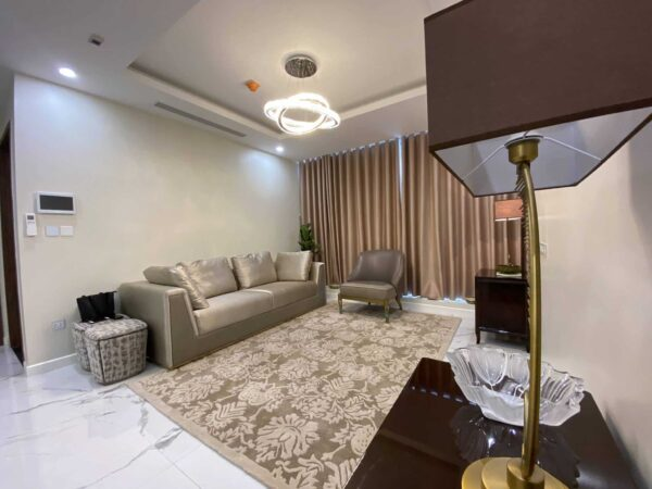 Super cheap 2-bedroom apartment for rent in Sunshine City (1)