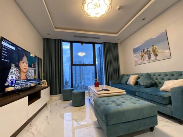 Outstanding apartment for rent in S4 Sunshine City (3)