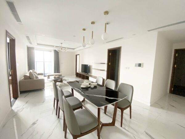 New No. 07 apartment at Tower B Sunshine Center 16 Pham Hung for rent (1)