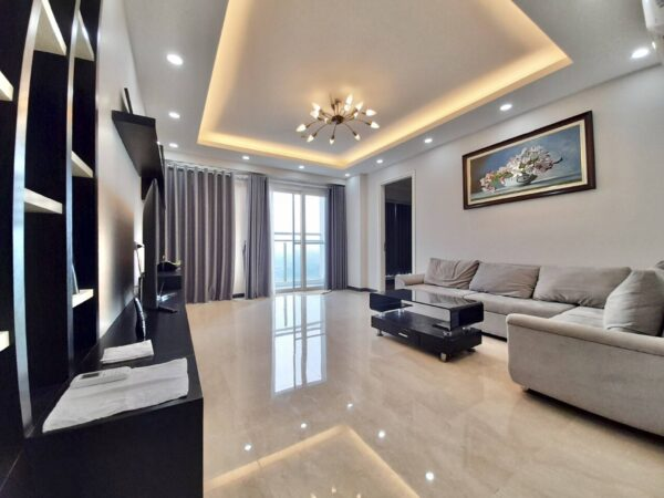 Spacious 154m2 apartment for rent in L2 Building, The Link Ciputra (8)