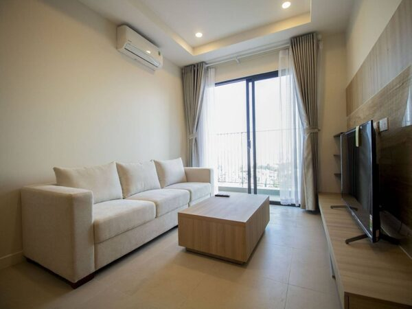 Marvelous 2BDs apartment at Kosmo Tay Ho for rent (1)