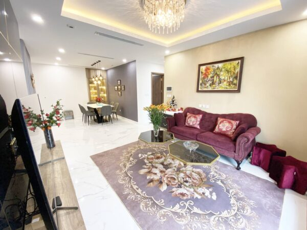Marvelous 3BRs apartment for rent in Sunshine City (3)
