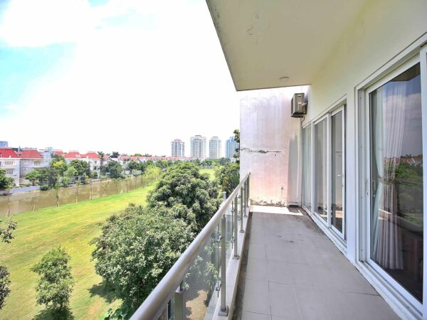 Superb huge 06BRs detached villa for rent in Ciputra Hanoi (1)