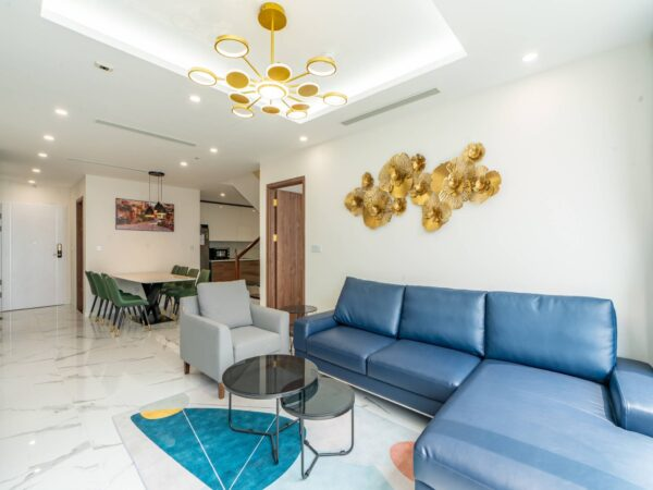 Great golf-view duplex apartment for rent at Sunshine City (1)
