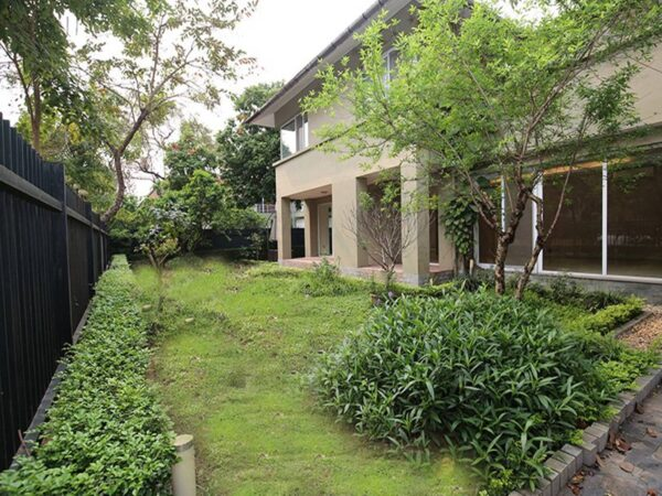 Beautiful grand pool & garden 3BRs villa for rent in Tay Ho Westlake (1)