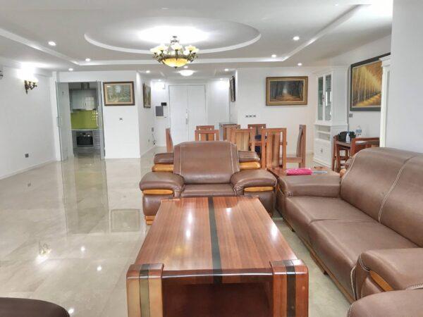 Super wide 267m2 apartment for rent in L2 Ciputra (1)